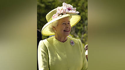 Funny story - Susan Boyle has offered Queen Elizabeth a special gown for the wedding